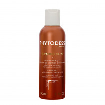 Shampoo with desert date oil