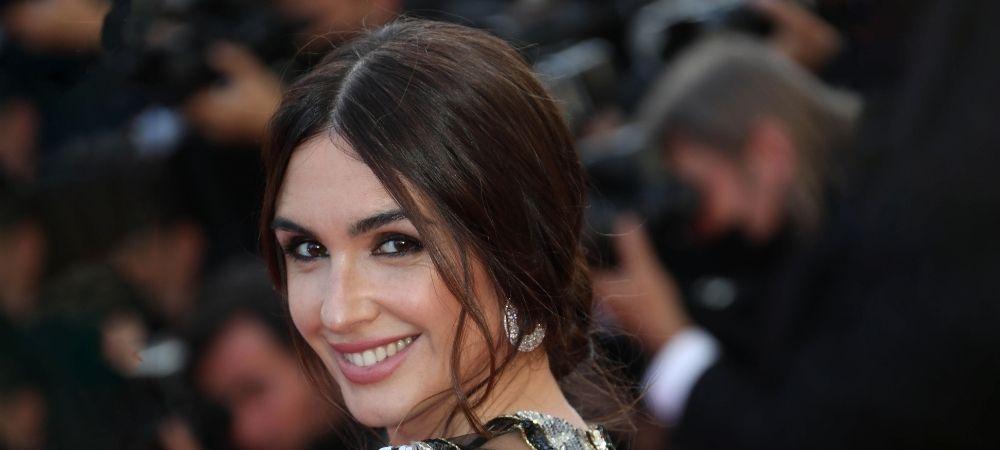 Décryptage coiffure Cannes 2021 : le Chignon Bas de Paz Vega