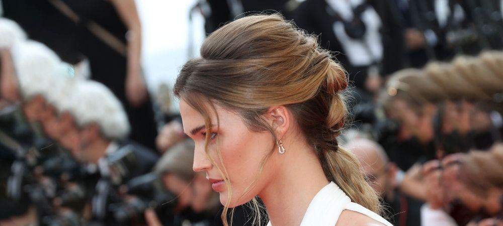 Décryptage coiffure Cannes 2021 : l'Attache Bohème de Noel Capri Berry