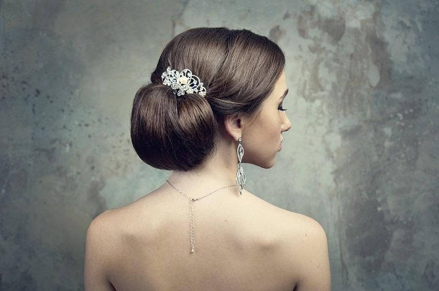 Cheveux, peau, maquillage : le rétroplanning beauté de la mariée